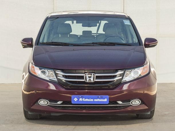 Used 2015 Honda Odyssey for sale in dubai