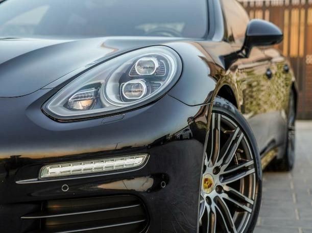 Used 2016 Porsche Panamera for sale in dubai