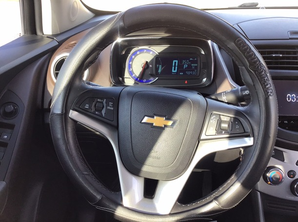 Used 2014 Chevrolet Trax for sale in abudhabi
