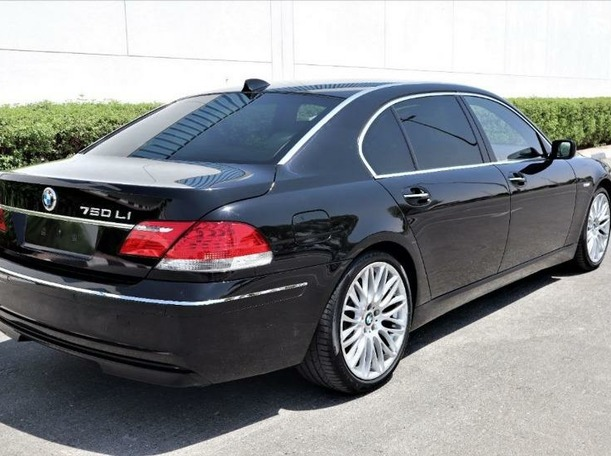 Used 2008 BMW 750 for sale in dubai