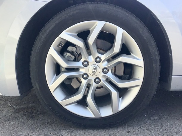 Used 2017 Geely Emgrand GT for sale in abudhabi