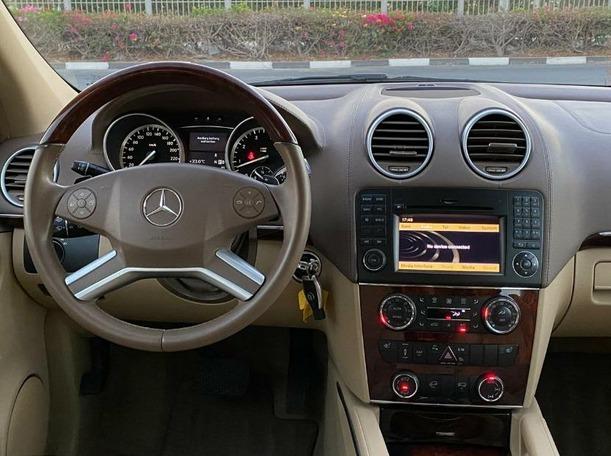 Used 2011 Mercedes GL450 for sale in dubai