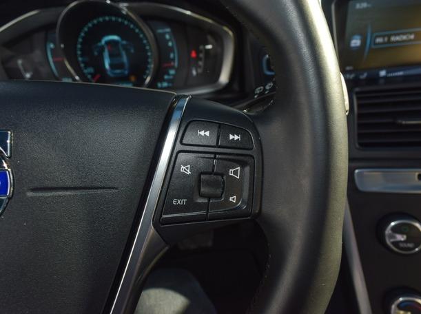 Used 2014 Volvo XC60 for sale in dubai