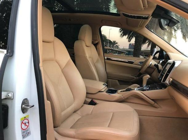 Used 2013 Porsche Cayenne S for sale in dubai