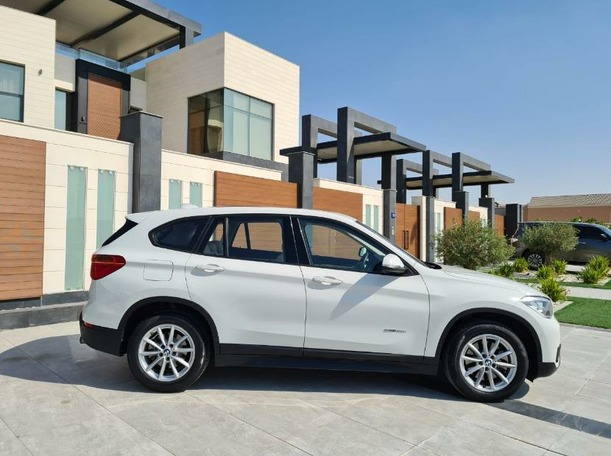 Used 2016 BMW X1 for sale in dubai