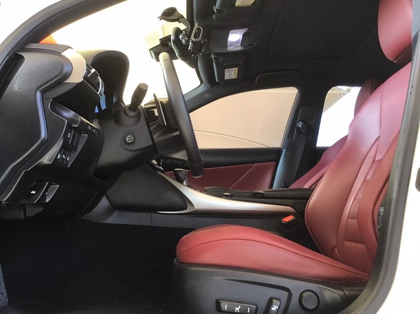Used 2015 Lexus IS350 for sale in abudhabi
