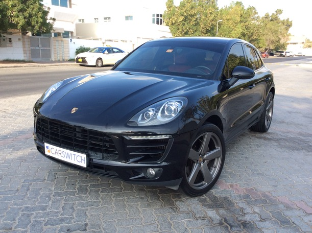 Used 2016 Porsche Macan S for sale in dubai