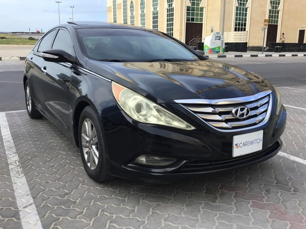 Used 2012 Hyundai Sonata for sale in sharjah