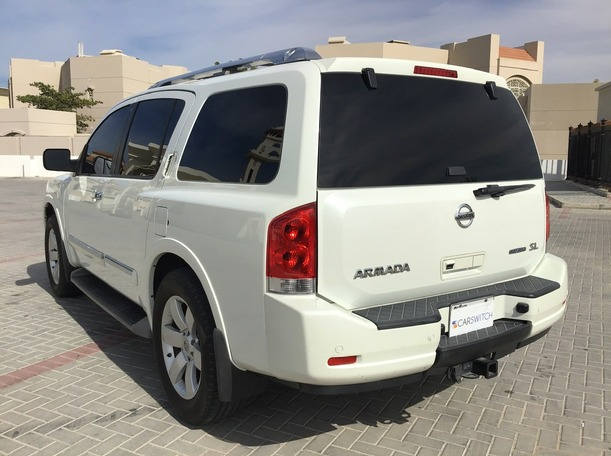 Used 2013 Nissan Armada for sale in sharjah