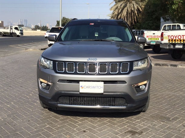 Used 2018 Jeep Compass for sale in dubai