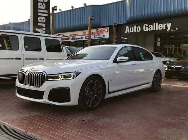 Used 2021 BMW 730 for sale in dubai