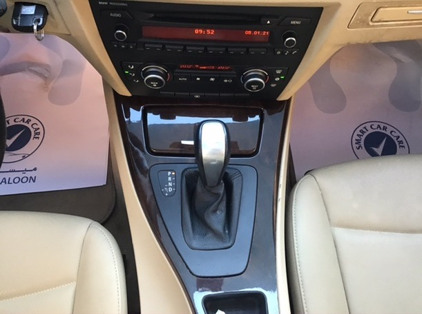 Used 2010 BMW 320 for sale in sharjah