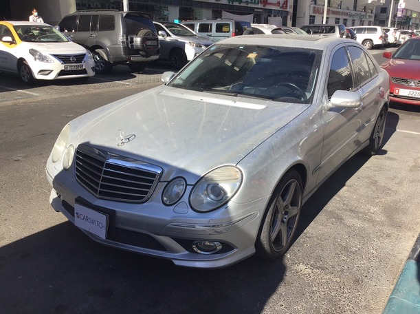 Used 2009 Mercedes E350 for sale in abudhabi