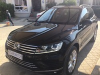 Used 2017 Volkswagen Touareg for sale in abudhabi