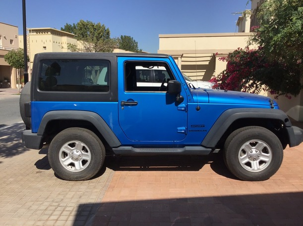 Used 2015 Jeep Wrangler for sale in dubai