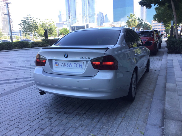 Used 2006 BMW 320 for sale in dubai