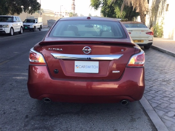 Used 2015 Nissan Altima for sale in dubai