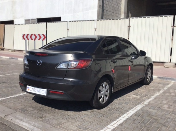 Used 2010 Mazda 3 for sale in dubai