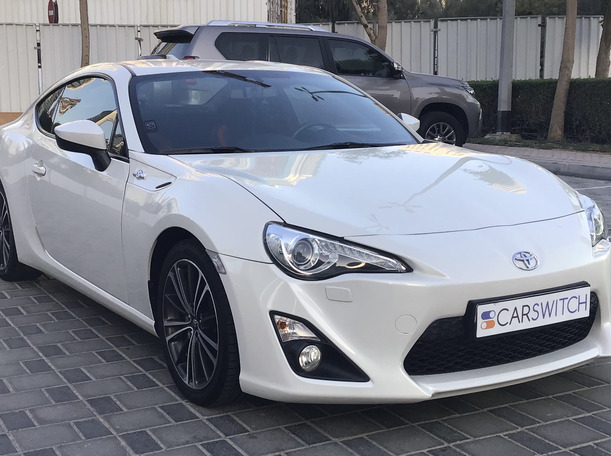 Used 2015 Toyota 86 for sale in dubai