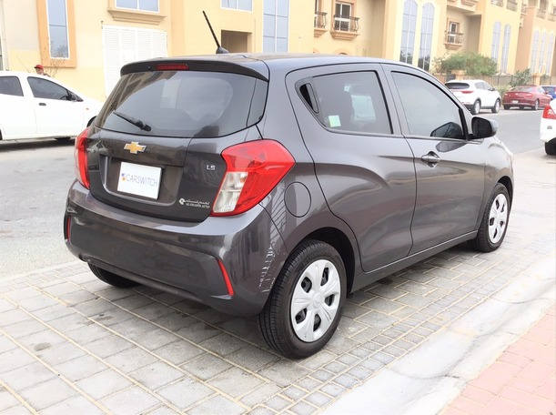 Used 2016 Chevrolet Spark for sale in dubai