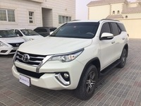 Used 2017 Toyota Fortuner for sale in abudhabi