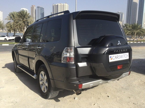 Used 2017 Mitsubishi Pajero for sale in sharjah