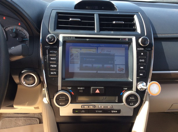 Used 2014 Toyota Camry for sale in dubai