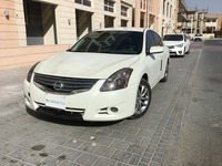 Used 2011 Nissan Altima for sale in dubai