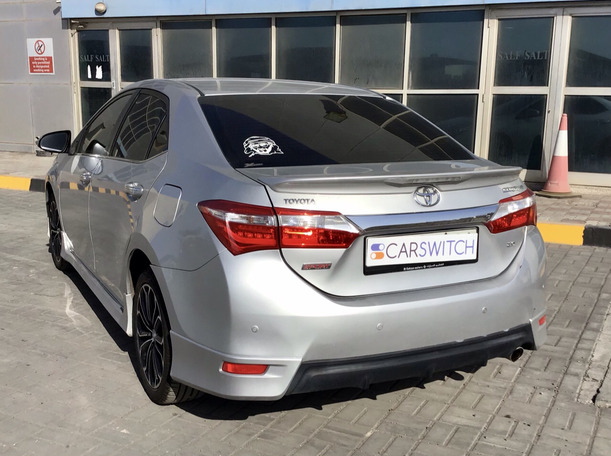 Used 2015 Toyota Corolla for sale in abudhabi