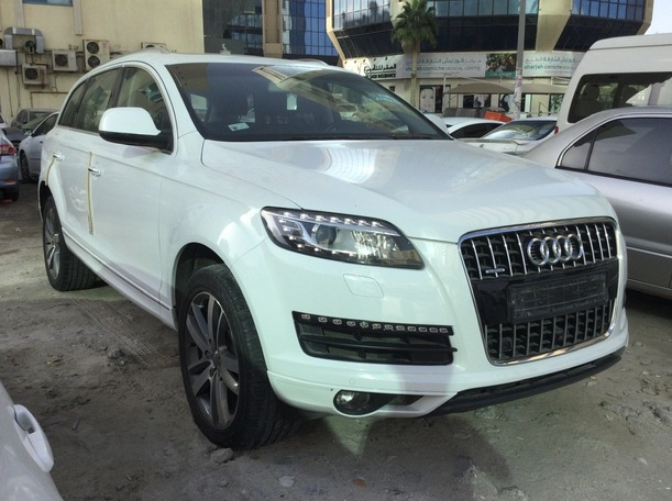 Used 2015 Audi Q7 for sale in sharjah