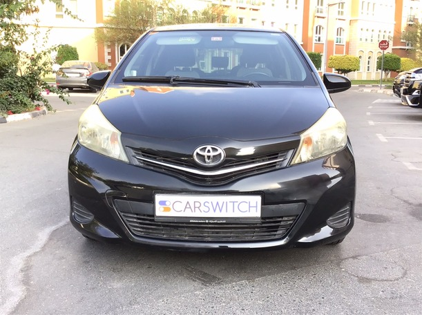 Used 2013 Toyota Yaris for sale in dubai