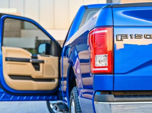 Used 2017 Ford F150 for sale in dubai