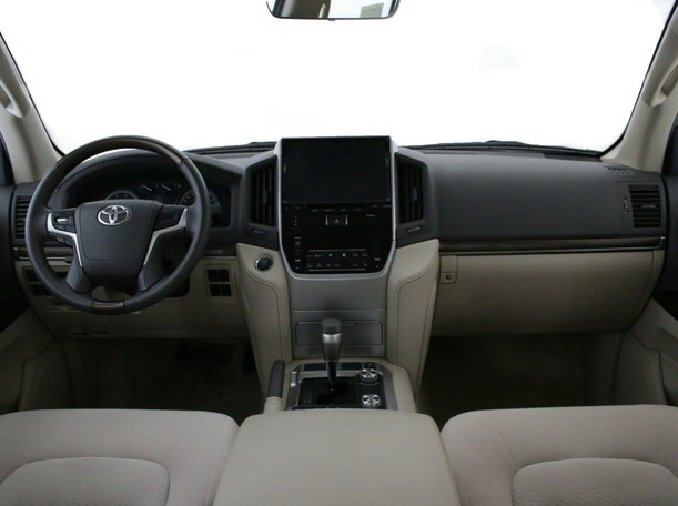Used 2020 Toyota Land Cruiser for sale in abudhabi