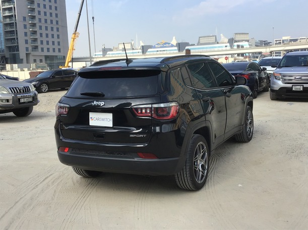 Used 2017 Jeep Compass for sale in dubai