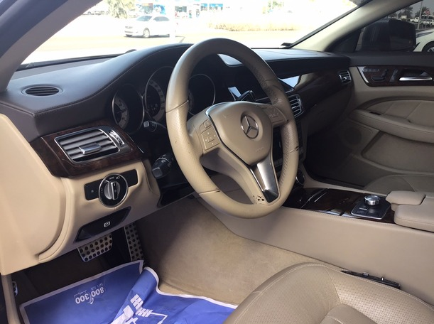 Used 2012 Mercedes CLS500 for sale in abudhabi