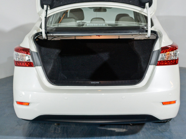 Used 2019 Nissan Sentra for sale in dubai