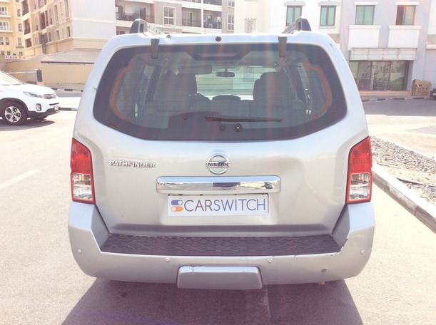 Used 2012 Nissan Pathfinder for sale in dubai