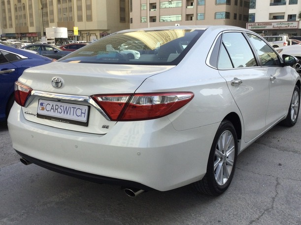 Used 2017 Toyota Camry for sale in sharjah