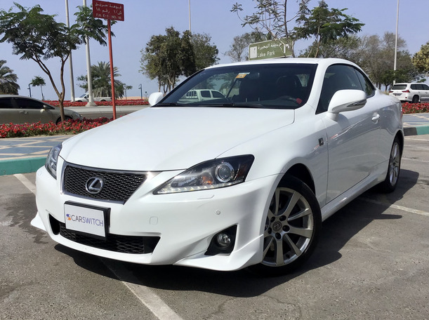 Used 2015 Lexus IS300 for sale in abudhabi