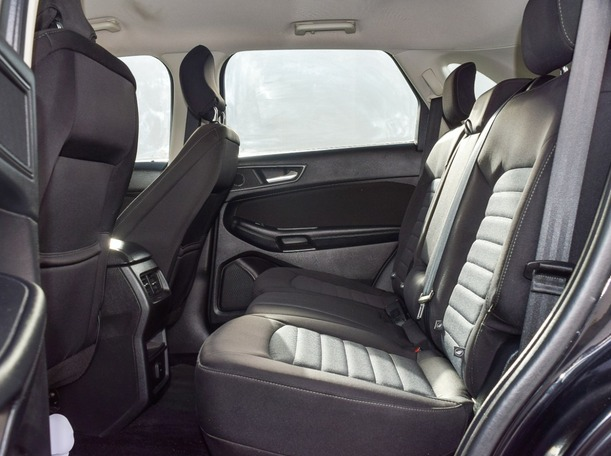 Used 2017 Ford Edge for sale in abudhabi