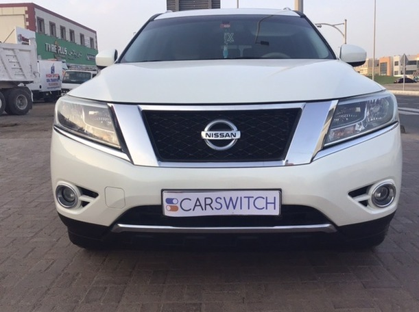 Used 2015 Nissan Pathfinder for sale in abudhabi