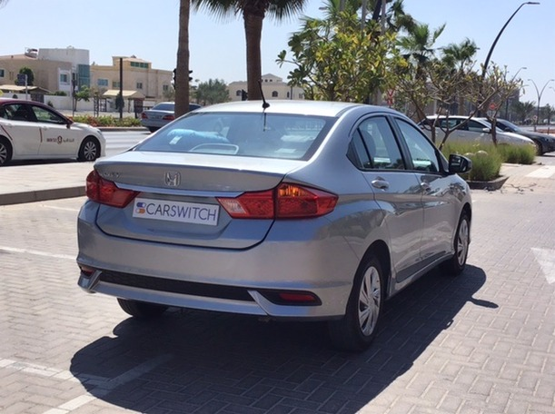 Used 2020 Honda City for sale in sharjah