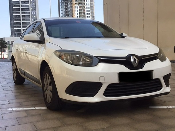 Used 2015 Renault Fluence for sale in sharjah