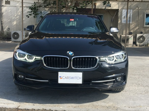 Used 2018 BMW 330 for sale in dubai