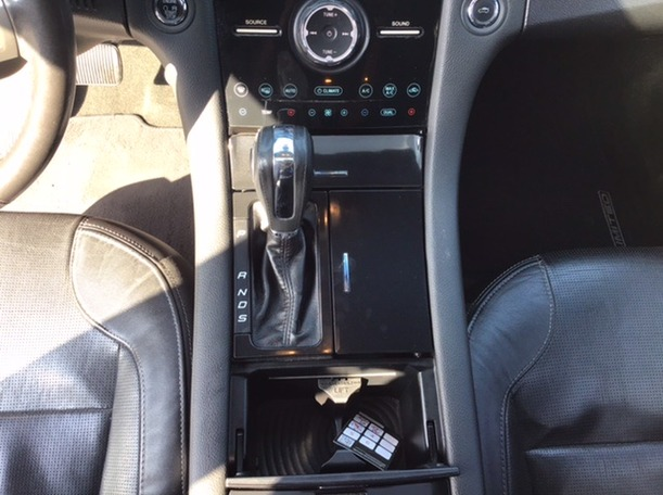 Used 2014 Ford Taurus for sale in dubai