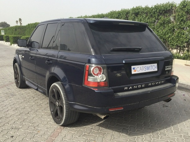 Used 2011 Range Rover Sport for sale in sharjah