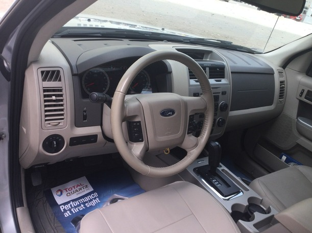 Used 2012 Ford Escape for sale in sharjah