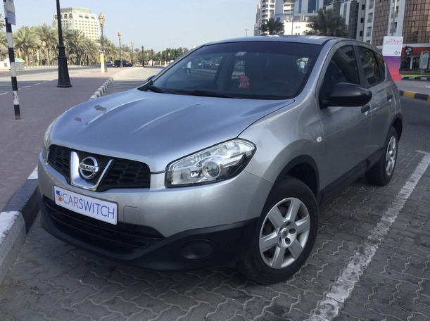 Used 2013 Nissan Qashqai for sale in sharjah