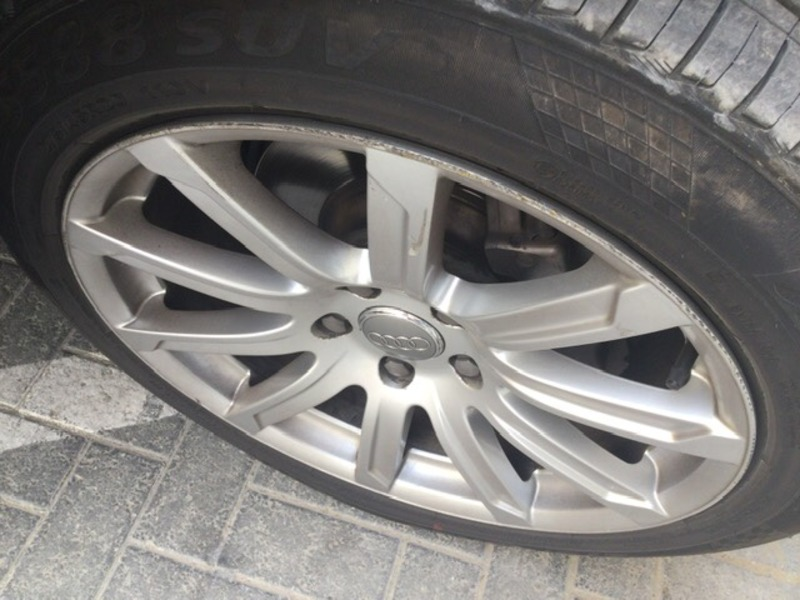 Used 2013 Audi Q7 for sale in sharjah