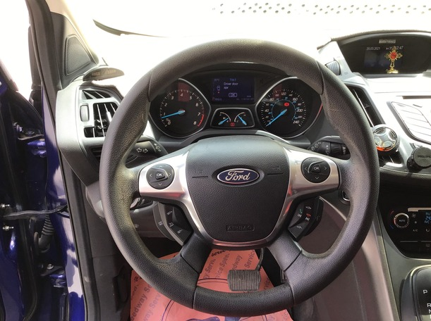 Used 2013 Ford Escape for sale in sharjah